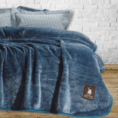 Κουβέρτες Βελουτέ Μονές